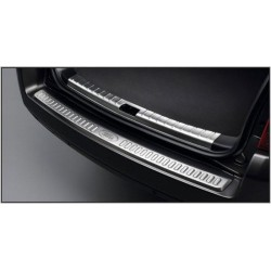 REAR DOOR SCUFF PLATE FOR FREELANDER 2