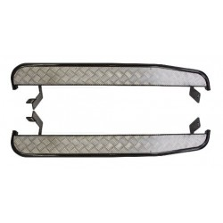 side step with chequer plate suitable for defender 90